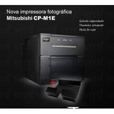 Mitsubishi CP-M1E  + bandeja